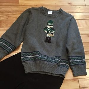 Gymboree Christmas/ Winter  Sweater size 5t